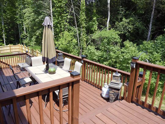 Harriet and Leonard Rudy have added on to their deck in Bellevue and now enjoy the nature close by. (Photo: Samuel M. Simpkins / The Tennessean)