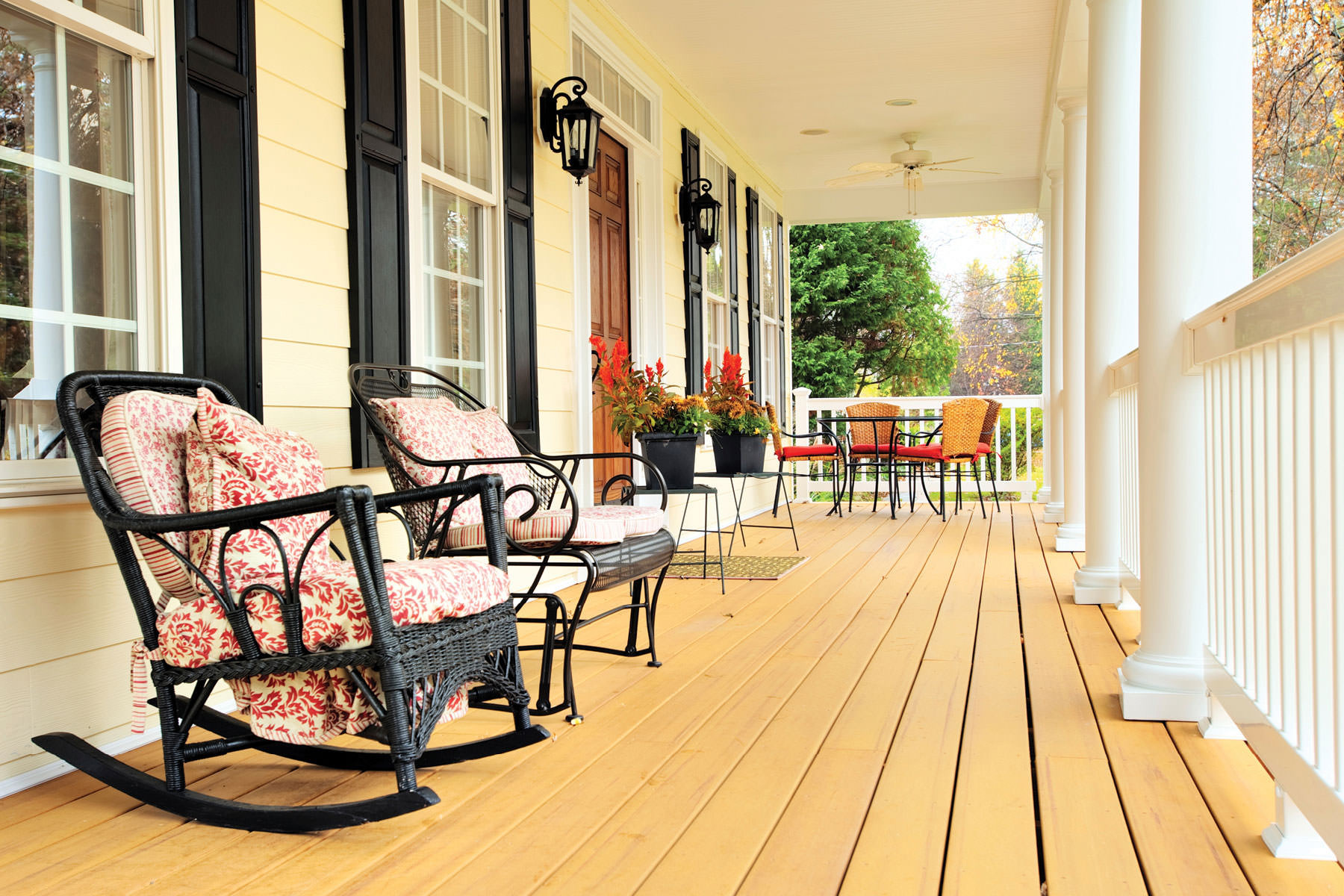 Living in hendersonville tn new home community durham for Porch durham