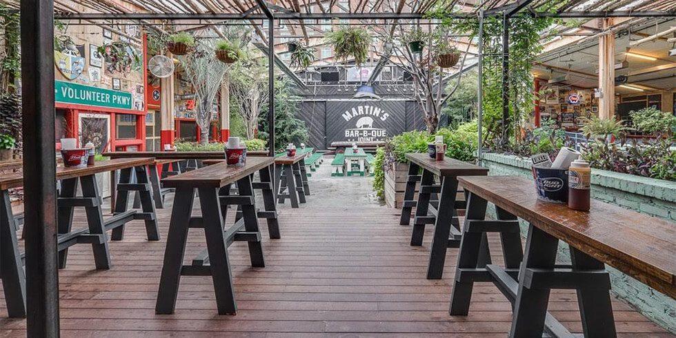 10 Best BBQ Places in Nashville