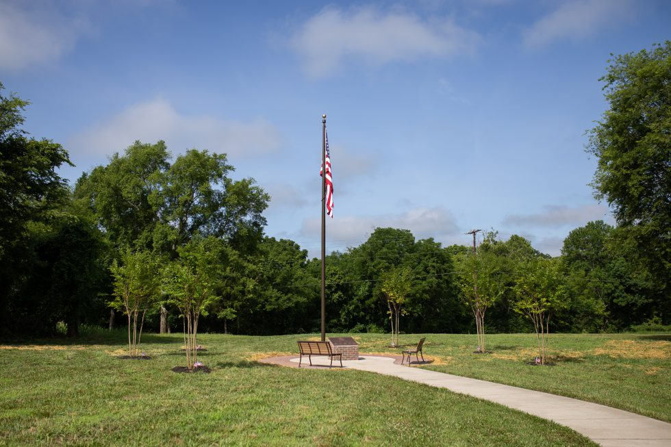 Durham Farms residents honor veterans with new park