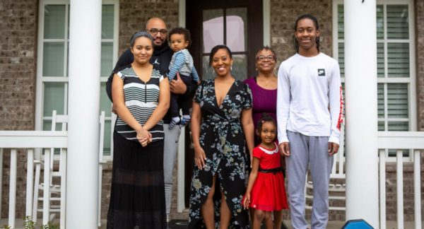 Meet The Jones Family